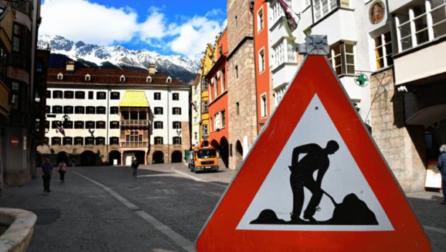Nicht nur in der Altstadt wird gebaut. Auch im Rathaus soll im Herbst einiges repariert werden. (Bild: Andreas Fischer)