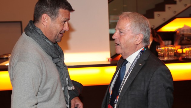 Gernot Zirngast (li.) und ÖFB-Boss Leo Windtner (Bild: GEPA)