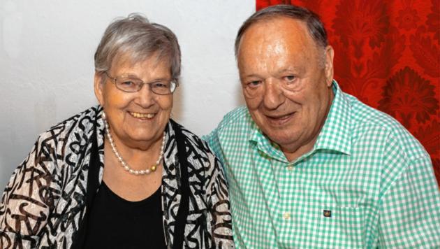 Paula, im Bild mit Mann Franz, hat am Samstag ihren Ehrentag. Alles Gute! (Bild: Bernhard Gruber)