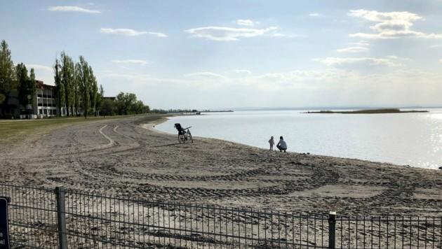 Fast keine Menschen am Neusiedler See (Bild: APA/MARIO MICHLITS)