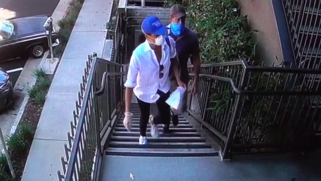 Harry und Meghan helfen in Los Angeles bei der Verteilung von Essenpaketen an Corona-Kranke. (Bild: www.pps.at)