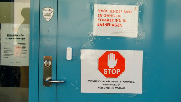 Sicherheitshinweise in Norwegens Schulen (Bild: AFP)
