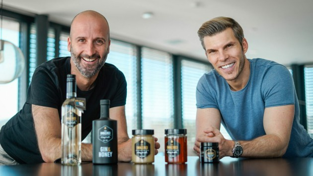 Florian Peterstorfer (l.) mit Investor Florian Gschwandtner. (Bild: Die Imkerei)