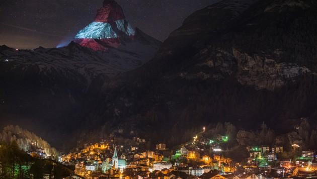 Österreich-Flagge auf dem Schweizer Matterhorn | City4U - krone.at ...