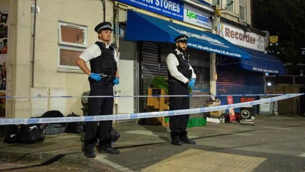 Schreckliche Bluttat in London: Zwei Kinder (1 und 3 Jahre alt) sind tot. (Bild: AP)