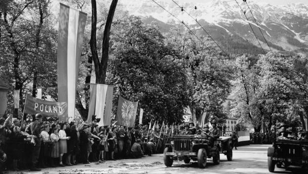 """Am 8. Mai 1945 wurde der """"Victory in Europe Day"""" mit einer Parade in Innsbruck begangen. (Bild: National Archives USA)"""