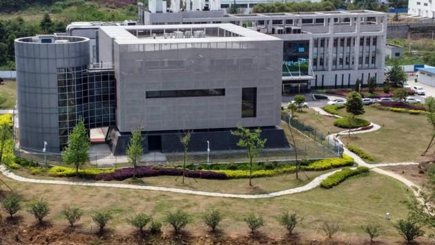 Das Wuhan Institute of Virology: Virenforschung im Epizentrum der Pandemie (Bild: APA/AFP/HECTOR RETAMAL)