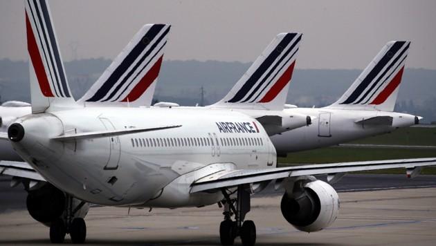 Viele Air France-Maschinen werden künftig nicht mehr für Inlandsflüge eingesetzt werden - als Alternative soll der Zug dienen. (Bild: Associated Press)