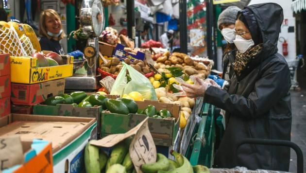 Besonders Lebensmittel sind erneut teurer geworden. (Bild: AP)