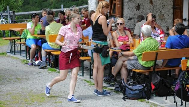 Ob es auf der Schweinfurter Hütte heuer wieder großen Andrang gibt, ist offen. (Bild: Peter Freiberger)