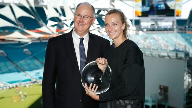 WTA-Chef Steve Simon mit Starspielerin Petra Kvitova (Bild: APA/AFP/GETTY IMAGES/Michael Reaves)