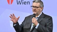 """Hacker: """"Ich beantworte selbstverständlich jede Frage einer Oppositionspartei, mag sie noch so klein sein."""" (Bild: APA/Hans Punz)"""