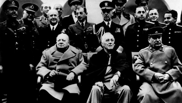 Premierminister Winston Churchill (l.), US-Präsident Franklin Roosevelt (m.) und General Joseph Stalin (r.) (Bild: AFP)