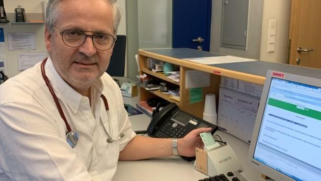 Sebastian Huber arbeitet als niedergelassener Arzt. (Bild: Neos Salzburg)