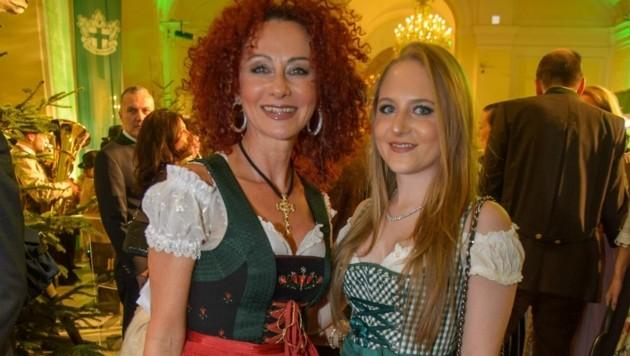 Mausi Lugner mit Tochter Jacqueline (Bild: Viennareport)