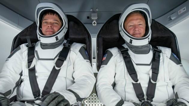 Die beiden Astronauten Robert Behnken (links) und Douglas Hurley (rechts) sind Veteranen im Spaceshuttle-Programm. (Bild: NASA)