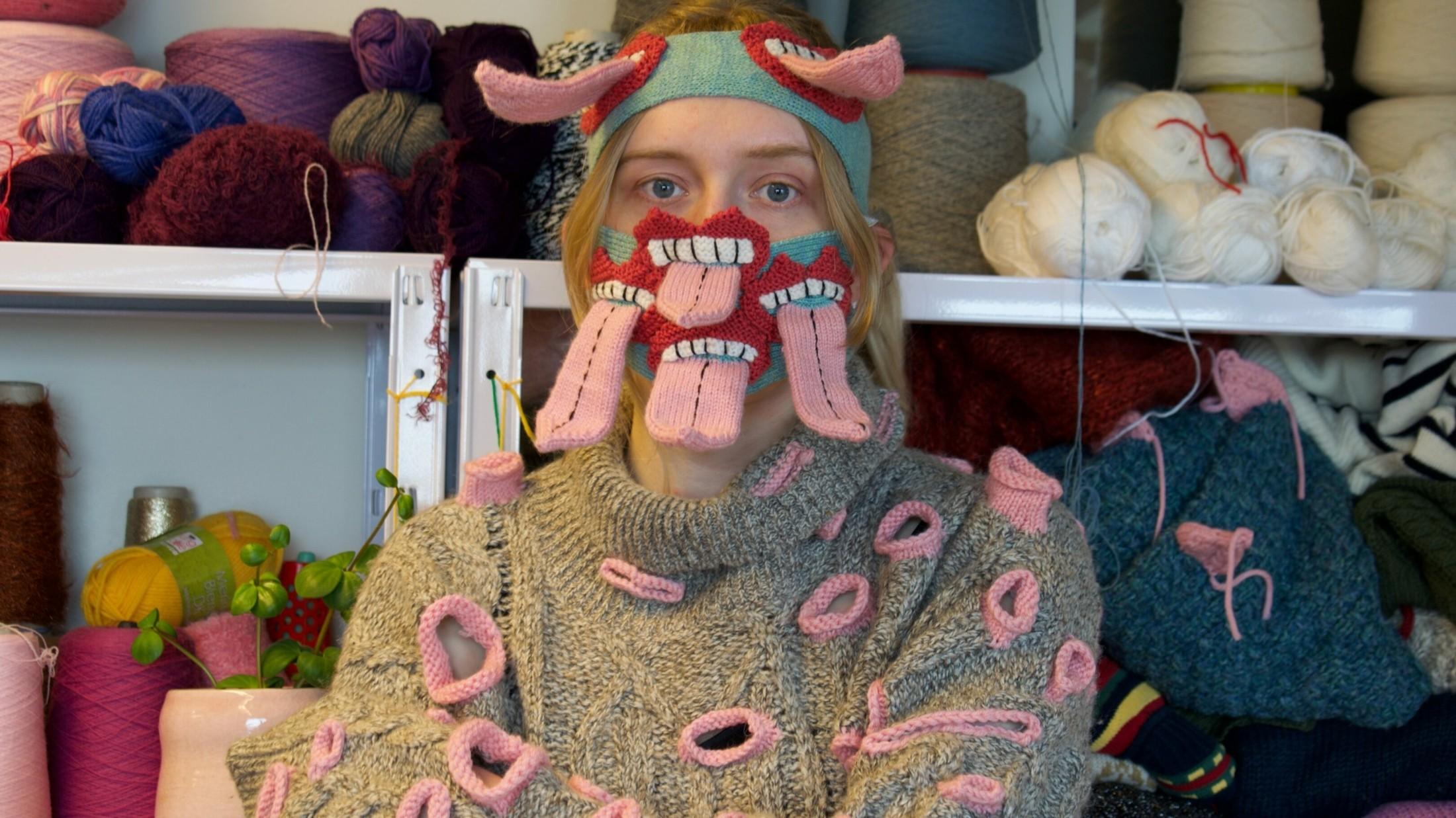 Isländische Designerin entwirft Grusel Masken | krone.at