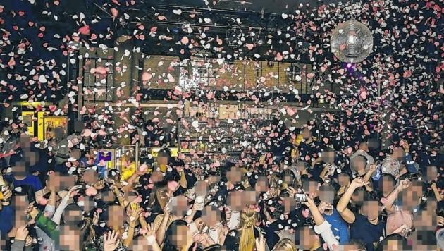 Ein Bild aus noch glücklicheren Zeiten: Ausgelassene Stimmung im Club Felix in Innsbruck. (Bild: Felix)