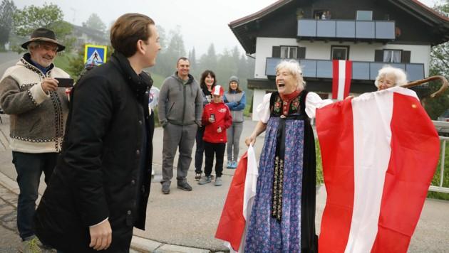 Bundeskanzler Sebastian Kurz anlässlich eines Treffens zur Grenzsituation in Mittelberg im Kleinwalsertal (Bild: BUNDESKANZLERAMT/DRAGAN TATIC)