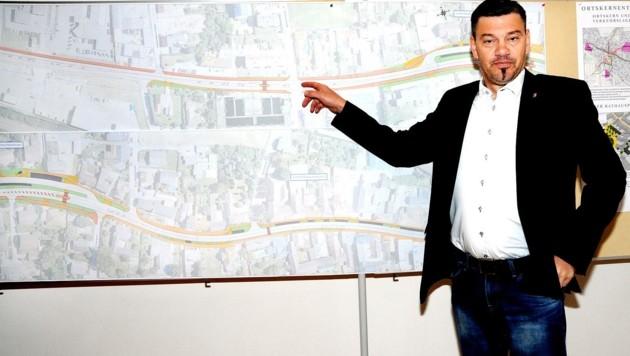 SP-Bürgermeister Thomas Vasku will das Projekt durchziehen (Bild: Crepaz Franz)