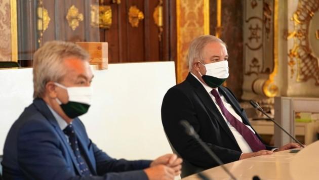 Landeshauptmann Hermann Schützenhöfer (rechts) und sein Stellvertreter Anton Lang. (Bild: Pail Sepp)