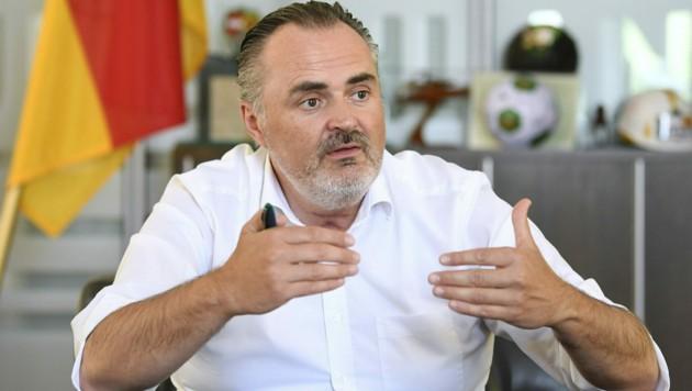 Der burgenländische Landeshauptmann Hans Peter Doskozil (Bild: APA/ROBERT JÄGER)