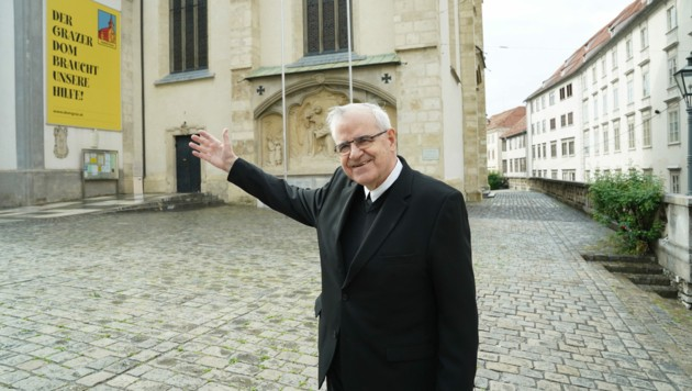 Sein Haus ist wieder geöffnet: Dompfarrer Heinrich Schnuderl. (Bild: Sepp Pail)