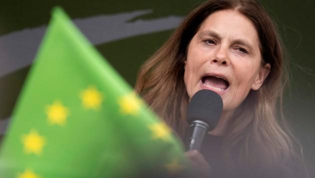 Sarah Wiener, EU-Abgeordnete der Grünen und Fernsehköchin (Bild: AFP)