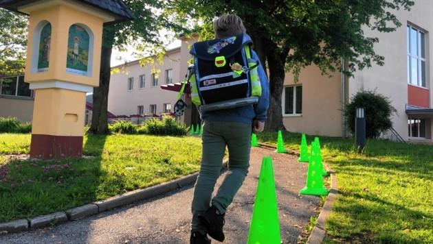 Schule mit Abstand und Mundschutz - ab heute Alltag für Tausende Schüler in Kärnten. (Bild: Hronek Eveline)