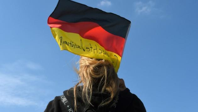 Angst vor der Globalisierung macht sich bei vielen Deutschen breit. (Bild: APA/AFP/Christof STACHE)