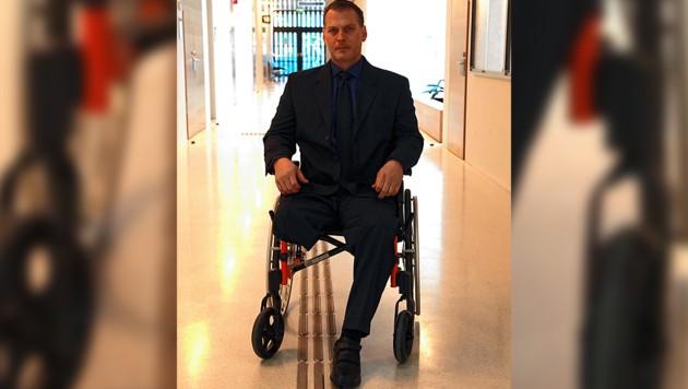 Opfer Philipp L. verlor bei der Attacke seinen rechten Unterschenkel. (Bild: Zwefo, krone.at-Grafik)