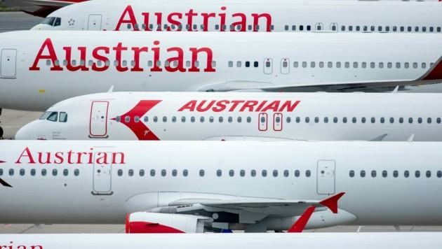 Die AUA fliegt bis zum 14. Juni nicht. Das Bordpersonal stimmte unterdessen dem Sparpaket zu. (Bild: AFP)