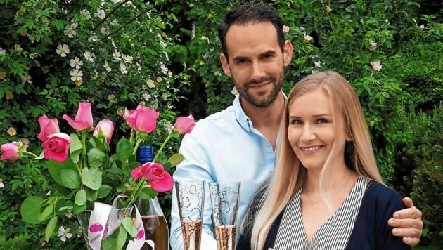 Klaus und Magdalena: Echter Liebe kann eben auch die Corona-Krise nichts anhaben. (Bild: Moser Gabriele)