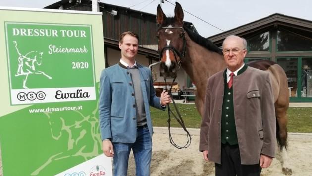 Florian Bacher (.) und Präsident Ludwig Hoffmann hoffen heuer auf einige Bewerbe der Dressur Tour. (Bild: Dow)