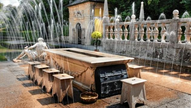 Ab sofort können Besucher im Schloss Hellbrunn die Wasserspiele mit Audioguides erkunden. (Bild: Schloss Hellbrunn)
