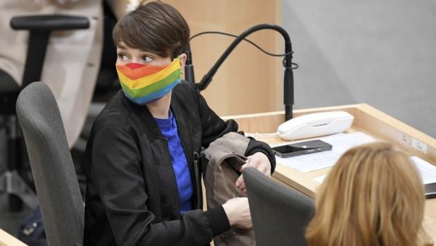 Sigrid Maurer, Klubobfrau der Grünen im Parlament (Bild: APA/ROLAND SCHLAGER)