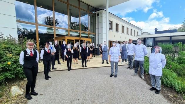 Das hochmotivierte Team vom Hotel in Mauerbach war für die gestrige Eröffnung bestens vorbereitet. (Bild: Schlosspark Mauerbach)