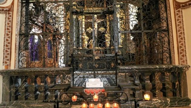 Die Bischofsgruft im Grazer Dom. (Bild: Christian Jauschowetz)