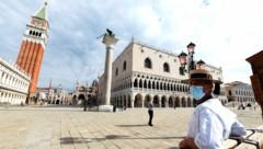 Der Markusplatz in Venedig ist nach wie vor verwaist. (Bild: AFP or licensors)