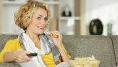 """Fast Food lässt auch schon bei jungen Menschen die """"Fette"""" steigen. (Bild: auremar/stock.adobe.com)"""