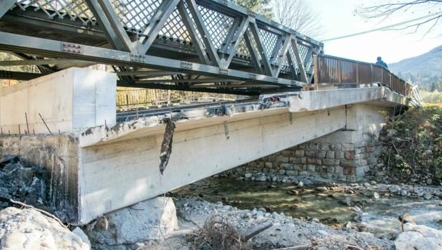 Immer noch führt die Behelfsbrücke über den Rußbach. (Bild: Wild + Team Fotoagentur GmbH)