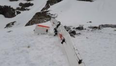 Das Wrack der Maschine: Der Pilot aus Deutschland stürzte vergangene Woche mit seinem Flugzeug im Lungau ab. (Bild: Holitzky Roland)