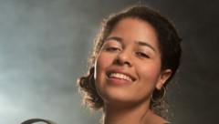 Sophie Mefan singt im Landestheater (Bild: Anna-Maria Löffelberger / Salzburger Landestheater)