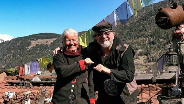 rizzey Greif und seine Lebenspartnerin Christine Jarosch helfen seit Jahren in Nepal. Hunderte Kinder profitieren von der Hilfe aus dem Oberland. (Bild: Frizzey Light)