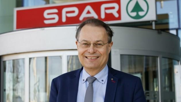 Spar-Chef Gerhard Drexel freut sich über den jüngsten Rekord. (Bild: Tschepp Markus)