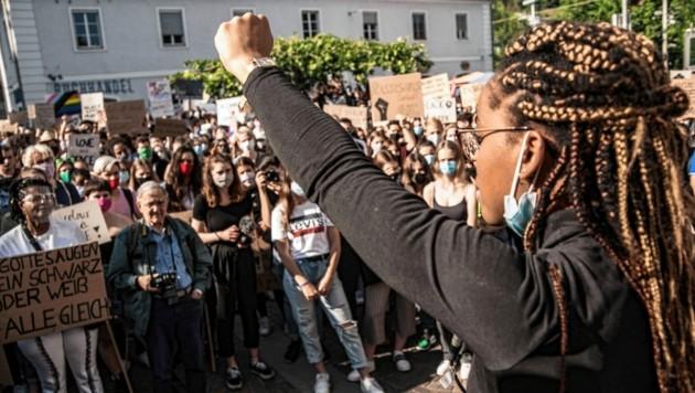 Die Black Lives Matter-Demo mit 10.000 Menschen am Samstag in Graz verlief friedlich. (Bild: Elmar Gubisch)