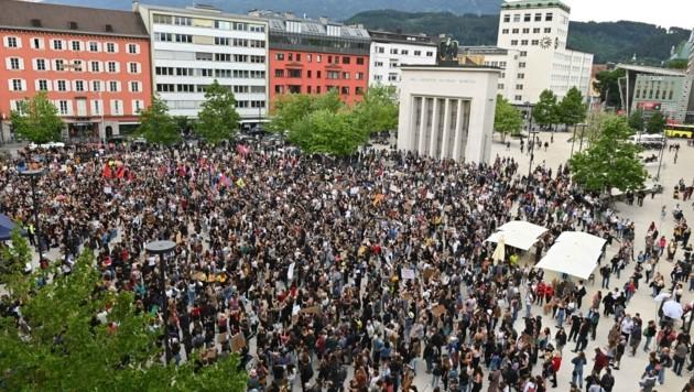 4000 Menschen kamen nach Innsbruck, um ein Zeichen zu setzen. (Bild: LIEBL Daniel | zeitungsfoto.at)