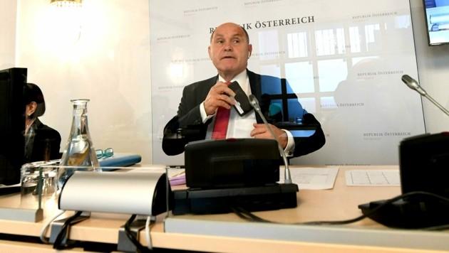 Der Vorsitzende des Ibiza-Untersuchungsausschusses, Wolfgang Sobotka (ÖVP) (Bild: APA/Helmut Fohringer)