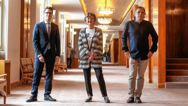 Kaufmännischer Direktor Lukas Crepaz, Festspielpräsidentin Helga Rabl-Stadler und Intendant Markus Hinterhäuser stellen das Programm der Salzburger Festspiele 2020 vor. (Bild: ANDREAS TROESTER)