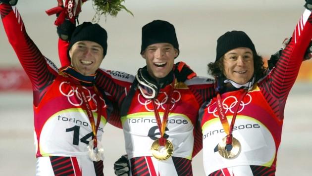 2006 wurde Reinfried Herbst beim legendären Dreifach-Sieg im Olympia-Slalom von Turin als Zweiter (li.) hinter Sieger Benni Raich mit Silber belohnt. Bronze holte Rainer Schönfelder (re.). (Bild: CHRISTOF BIRBAUMER)